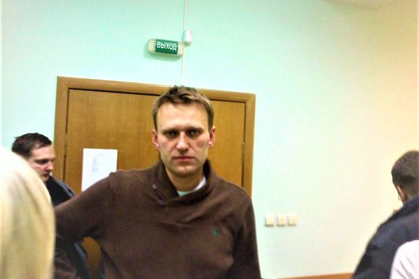 Alexei Navalny arrives in Berlin for medical treatment