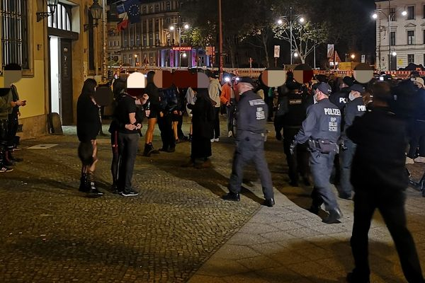 Berlin police break up fetish party with 600 guests