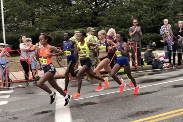 Boston Marathon 2019 women chasers