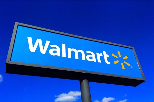 Walmart makes face masks mandatory for customers