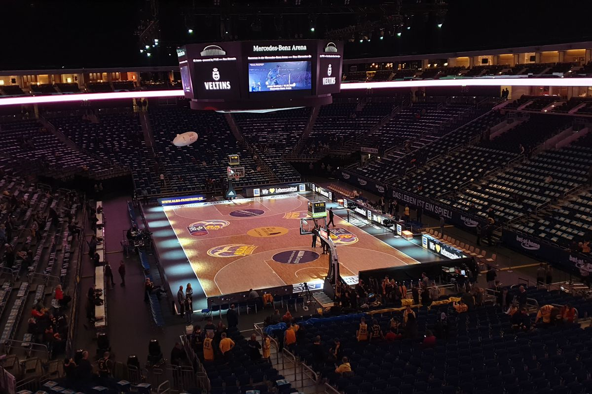 German Basketball League considers finishing season with a 10 clubs playoff