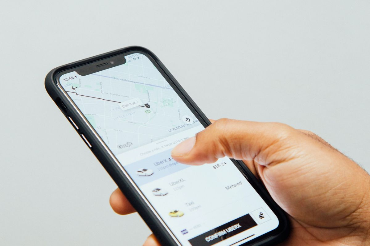 Uber to require all drivers and passengers to wear masks during rides